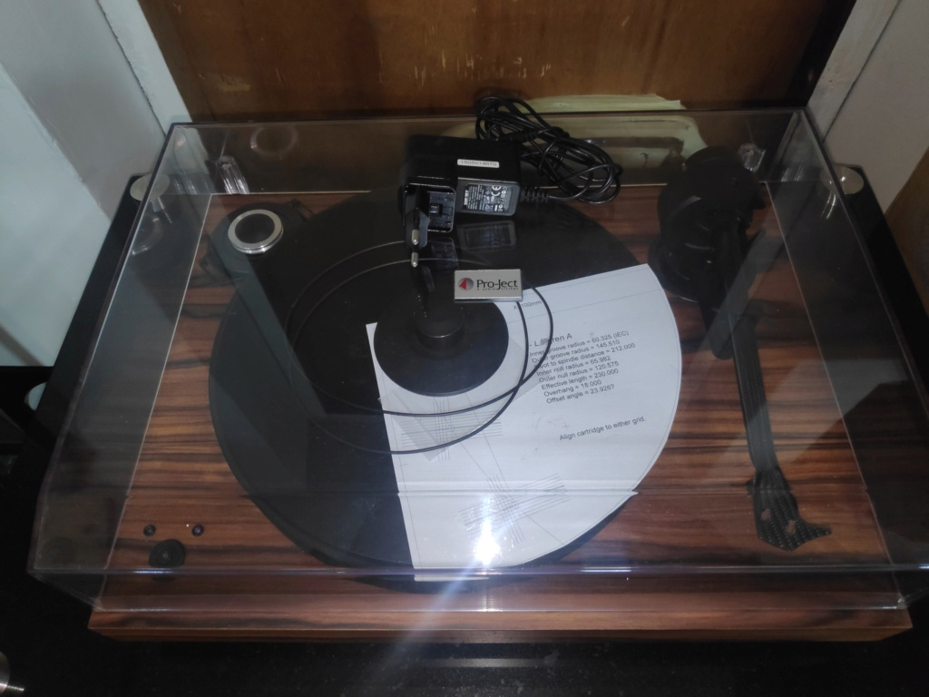 Pro-ject 2Xperience SB turntable(USED) Img_2083