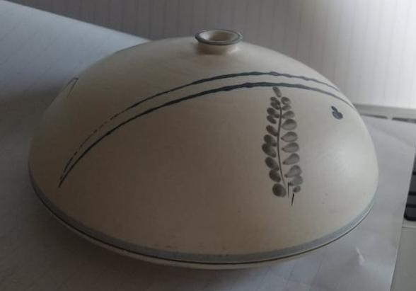 Weed Pot - Potters Identification ETK or ETR mark  24107110