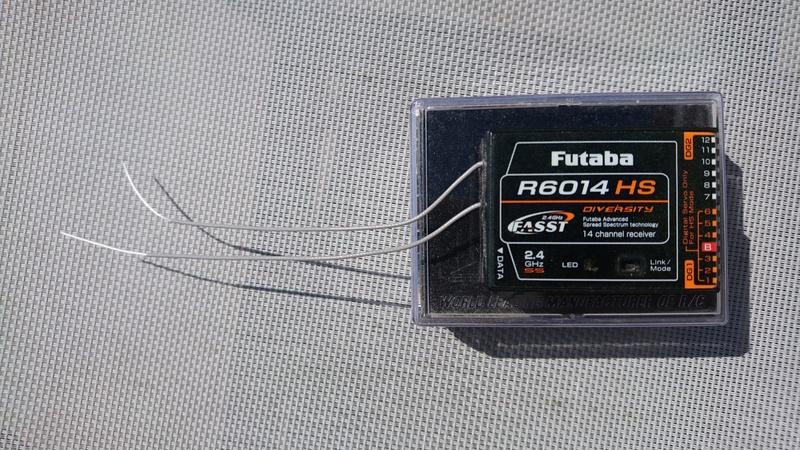 [Vendu] 1 récepteur Futaba R6014 HS. Dsc_0114