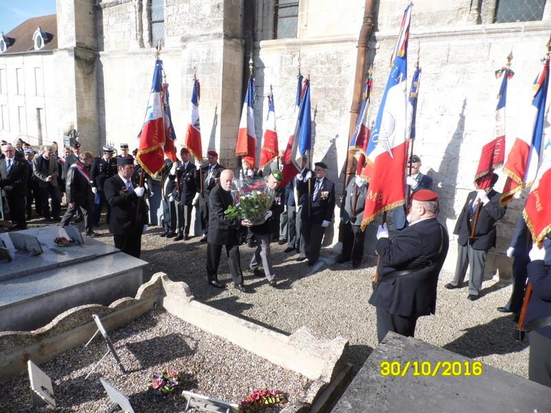 hommage a un ancien Légionnaire  14810