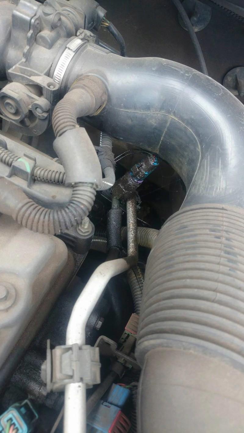 Mon moteur en photo. Un Joint de Culasse en perspective ?  14393210