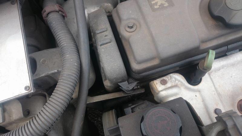 Mon moteur en photo. Un Joint de Culasse en perspective ?  14423610