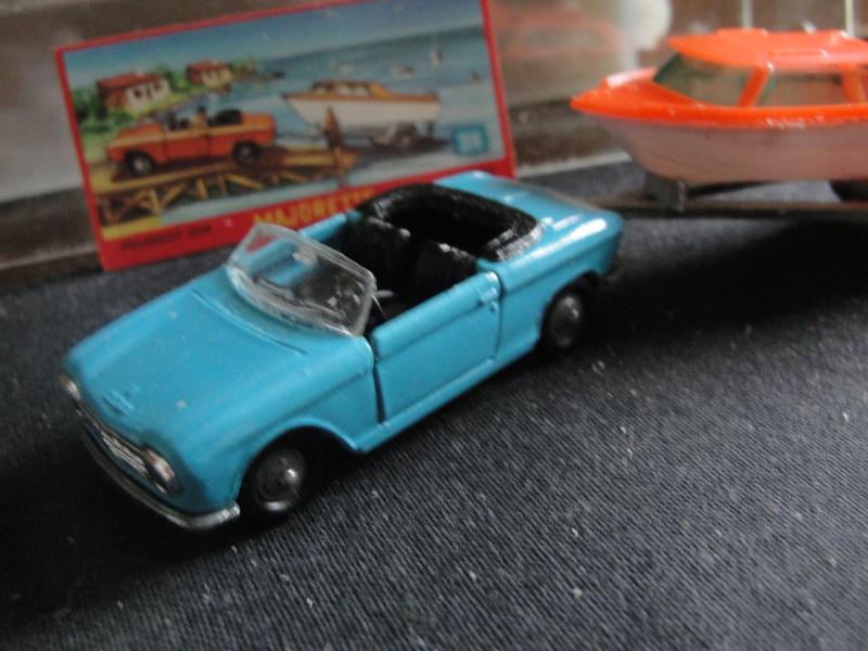 N°230 Peugeot 204 cabriolet - Page 2 Dsc00410
