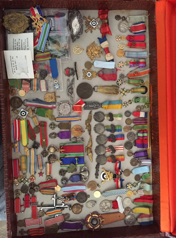 ma petite collection  de miniature reduction..... Img_1417