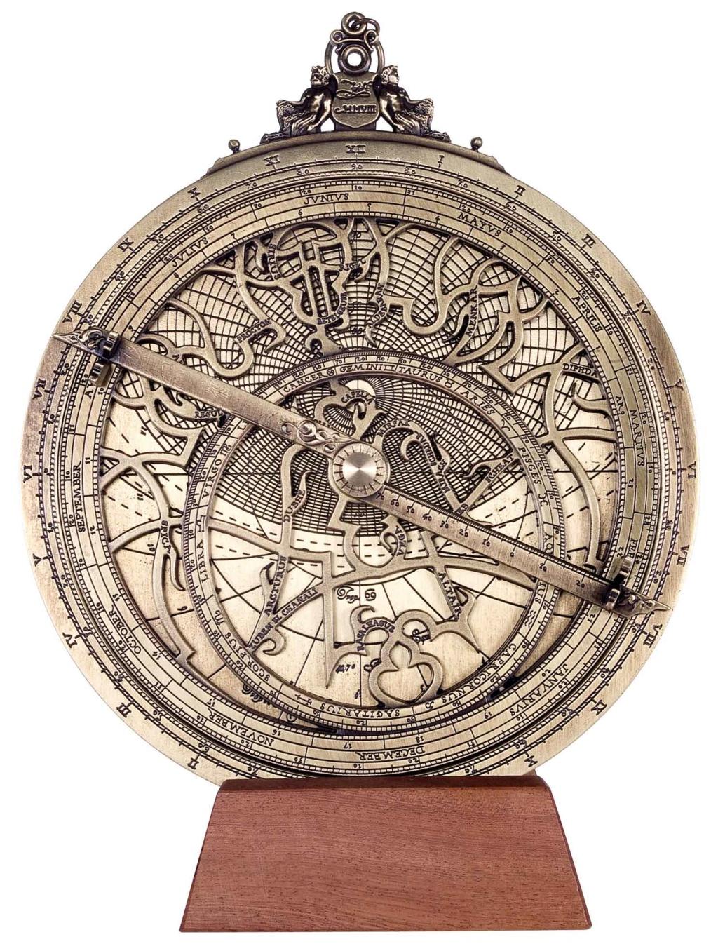 Rêve d'astrolabe Hem_h310