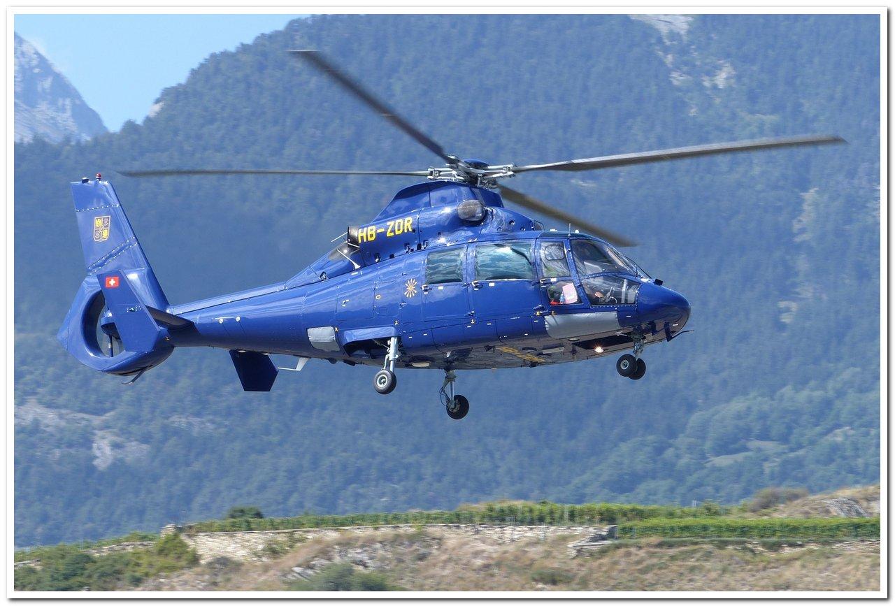 Aéroport - base aérienne de Sion (Suisse) P1140411