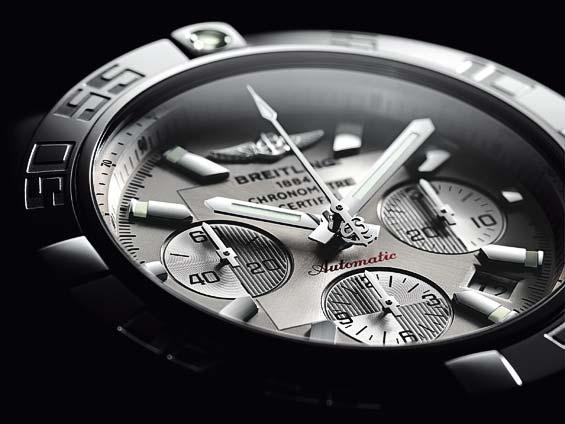 Breitling - Actu: Pas de licenciements prévus pour la marque horlogère Breitling - Page 6 Img_7712