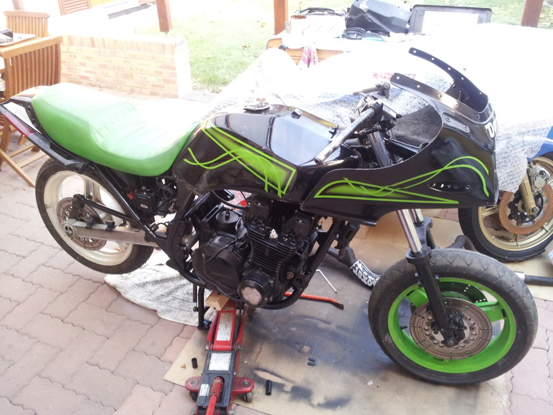 RESTAURATION ZX1100 YVES  - Page 2 20161040