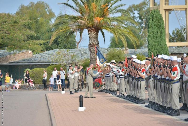 Le geste fort du Général Puga lors de la prise d'armes de la Saint-Michel au 2e REP de Calvi Puga_d10
