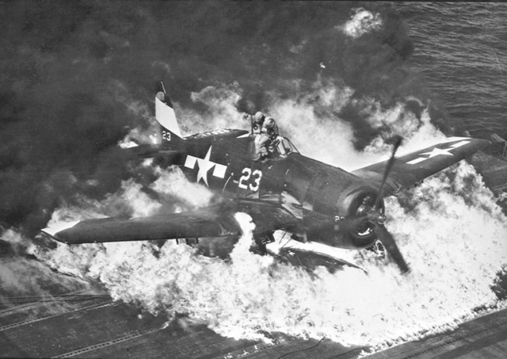 Grumman F6F-3 Hellcat - OTAKI 1/48ème - Page 2 Burnin11