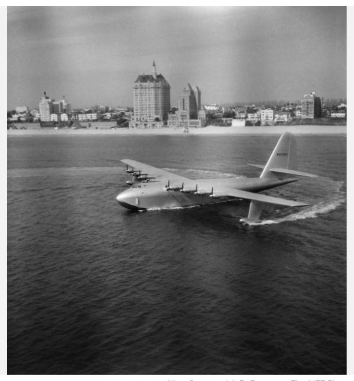 "Hughes H-4 Hercules ""Spruce goose"" (1/200ème - Minicraft Model Kits) Hydrop13"