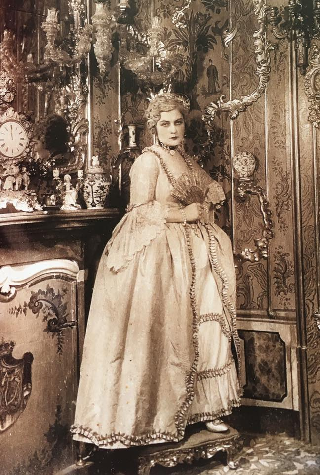 Sarah Bernhardt en Marie-Antoinette - Page 2 14344110