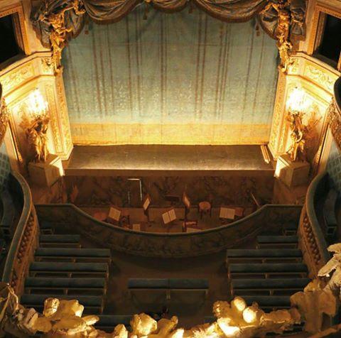 Le Petit Théâtre de Marie-Antoinette à Trianon - Page 4 14671310