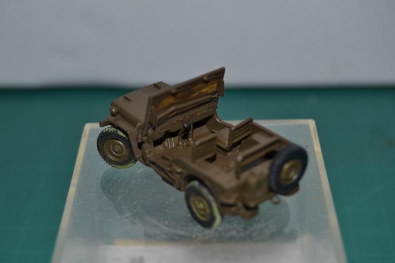 """La 2ème DB """"Jeep - GMC CCKW353 - Sherman M4a2""""  [Heller 1/72] Dsc_0066"""