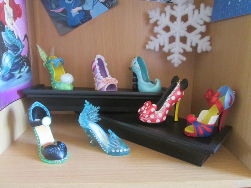 [Collection] Chaussures miniatures (shoe ornament) / Sacs miniatures (handbag ornament) - Page 3 01611