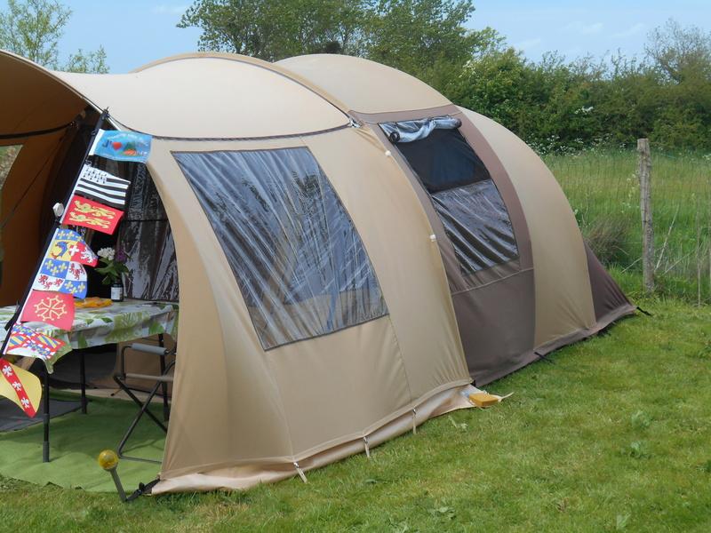 Ik bestelde een tent Karsten 350 Dscn0611