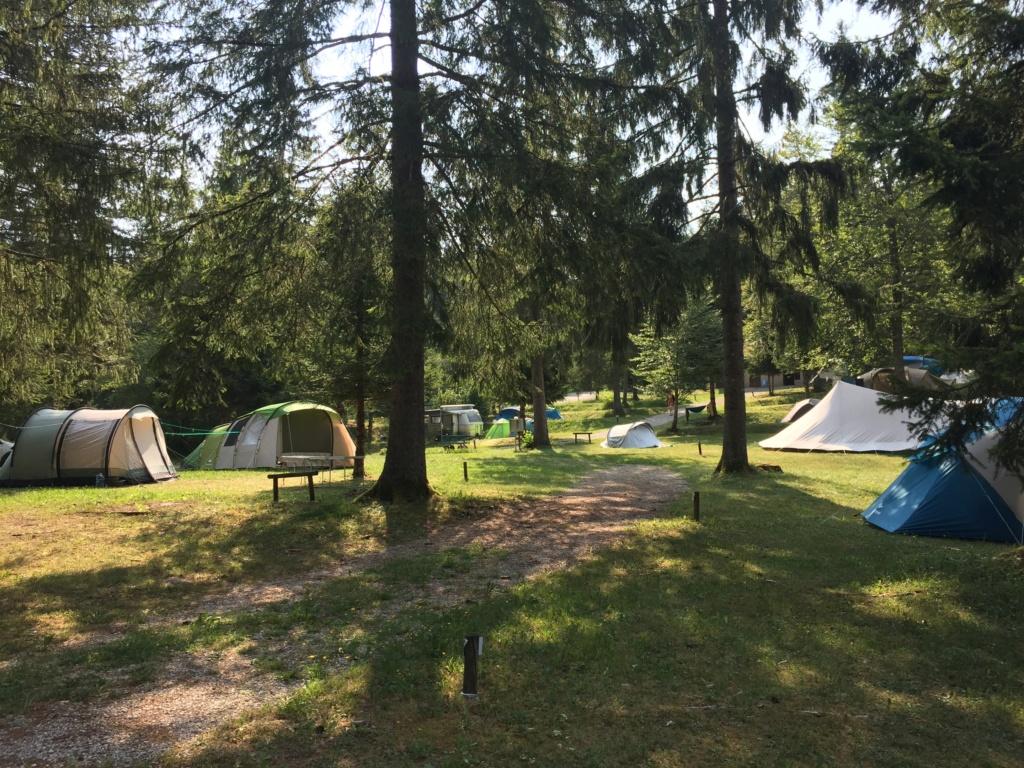 Camping-Domaine du Bugnon** Img_2310