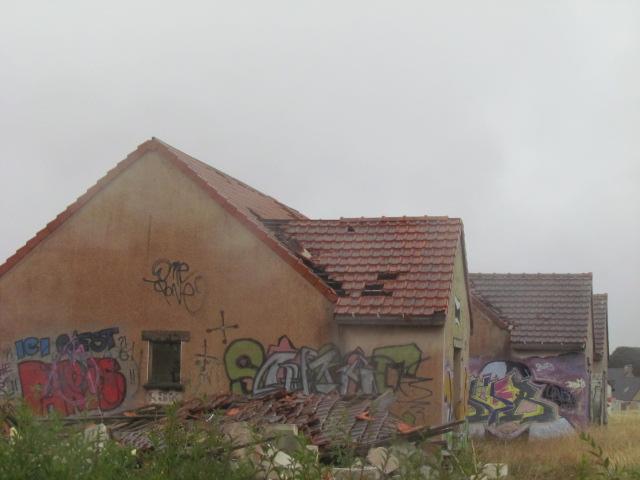 PIROU PLAGE le village fantôme dans la manche Img_0014