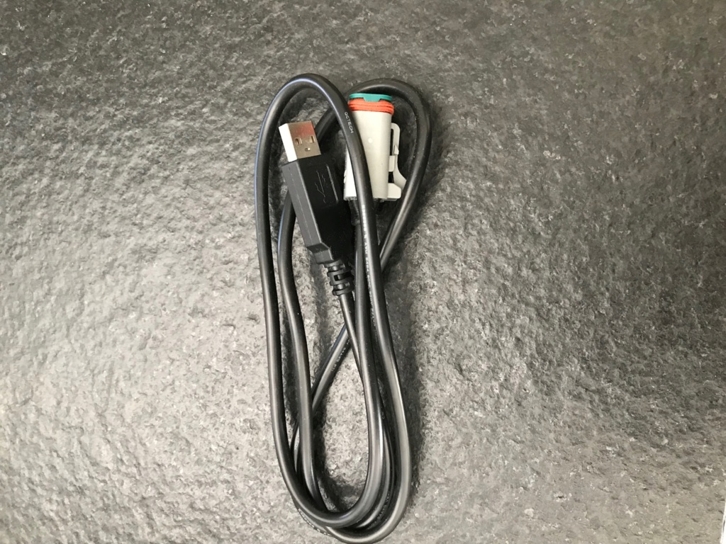 Câble pour carto ( vendu) Bd05e110