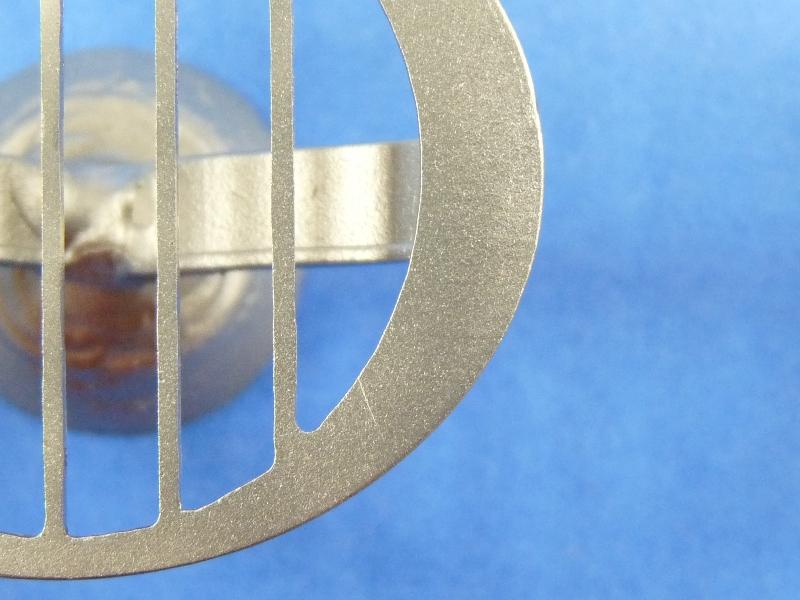 Grilles de propulseurs d'étrave pour remorqueur de port au 1/32ème. Ge02510