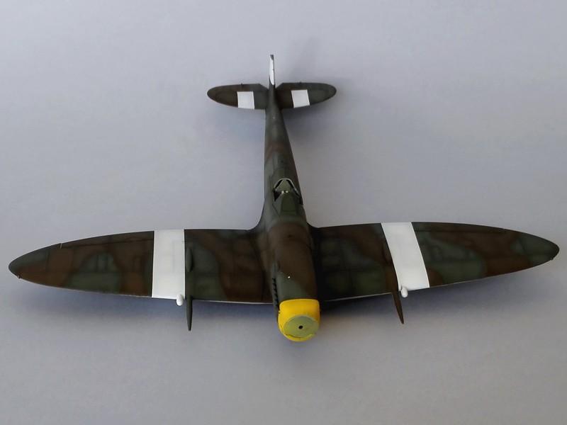 Spitfire Mk VIII Eduard au 1/48 - Page 2 Mon4210