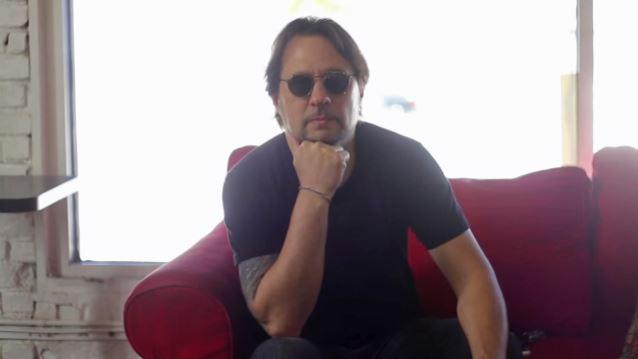 DAVE LOMBARDO avec Suicidal Tendencies en concert ... Davelo10