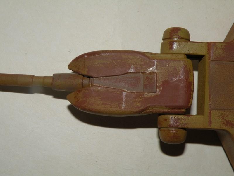 épave de char de la fédération du commerce !! kit AMT Dscn0023