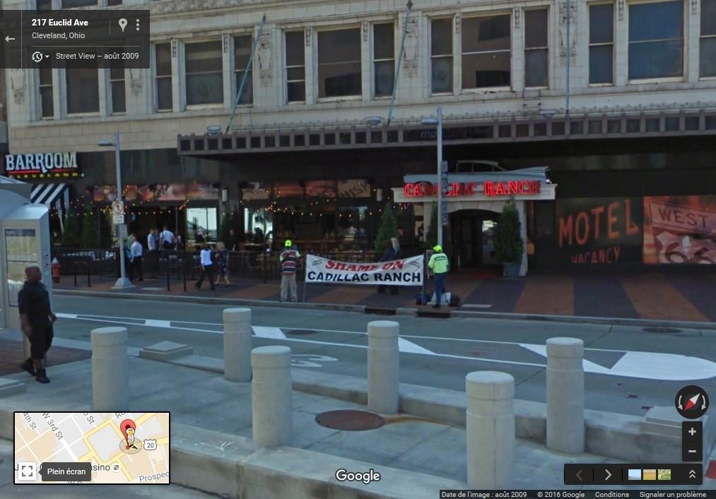 """STREET VIEW: les manifestations dans le Monde vues de la caméra des """"Google Cars"""" - Page 3 Cadill10"""