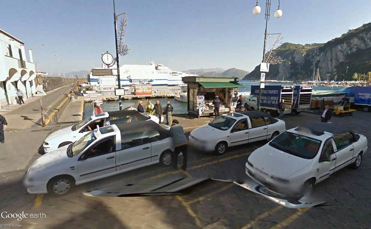 STREET VIEW : les taxis de Capri Capri_12