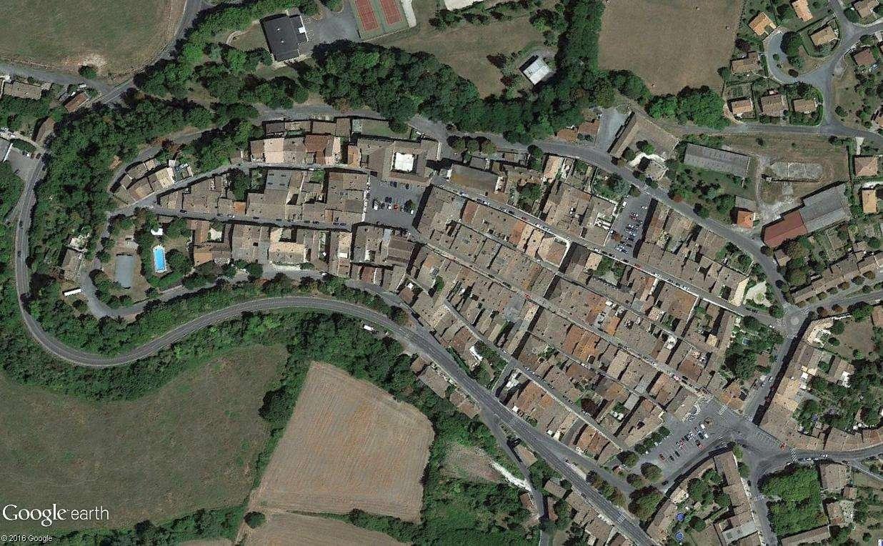 STREET VIEW : halles et marchés couverts - Page 2 Castal12