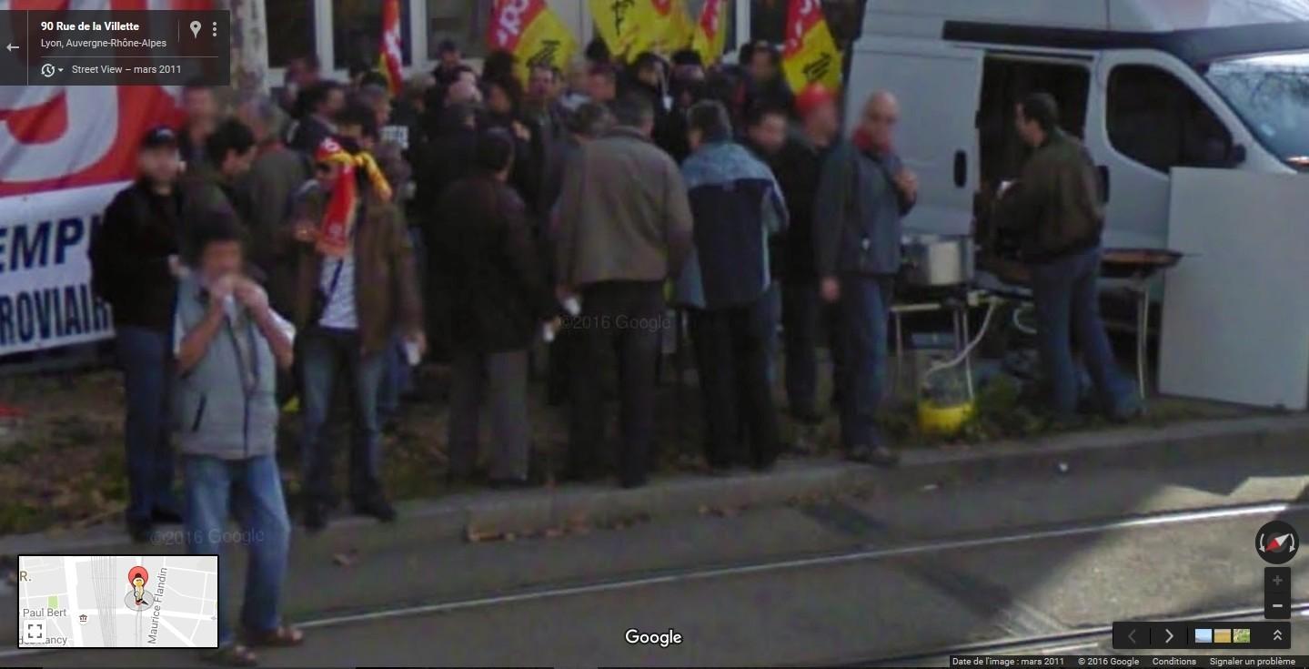 """STREET VIEW: les manifestations dans le Monde vues de la caméra des """"Google Cars"""" - Page 2 Manifl12"""