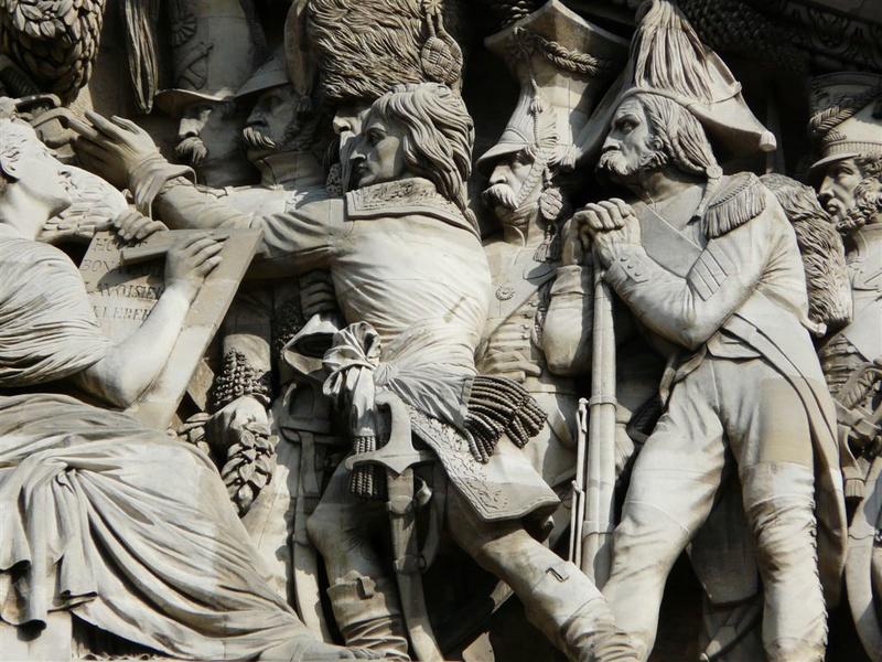 ARCHITECTURE : les frontons racontent une histoire Panthe10