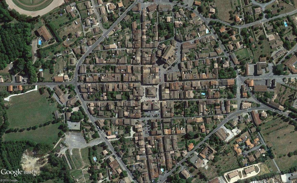 STREET VIEW : halles et marchés couverts - Page 2 Viller10