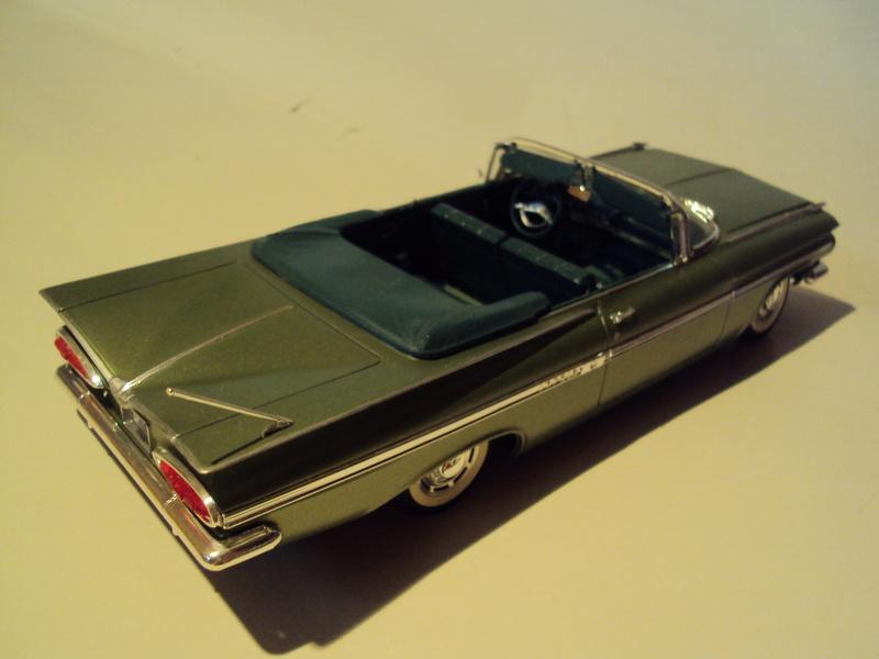 Vends diverses maquettes montées Plymouth, Chevy & truck Dsc01718