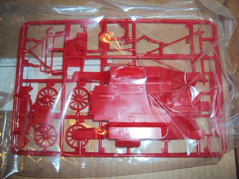 Diorama Tonka Ford T pompiers Dsc01730