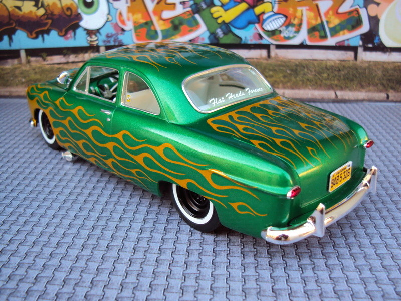 '49 Ford shoebox flammée Dsc01815