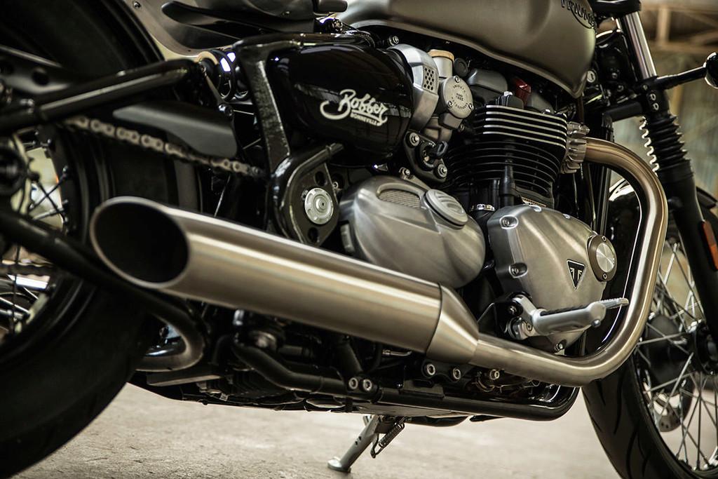 Triumph 1200 BobbeR New-tr13