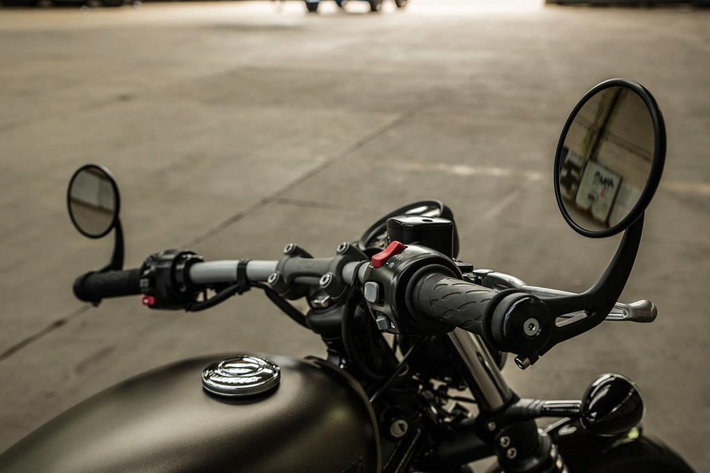 Triumph 1200 BobbeR New-tr17
