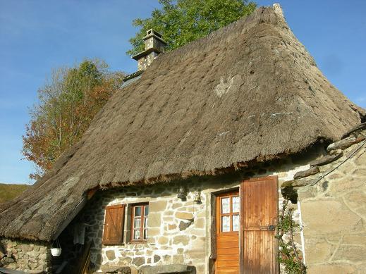Villes et villages de charme du Cantal Dscn4415