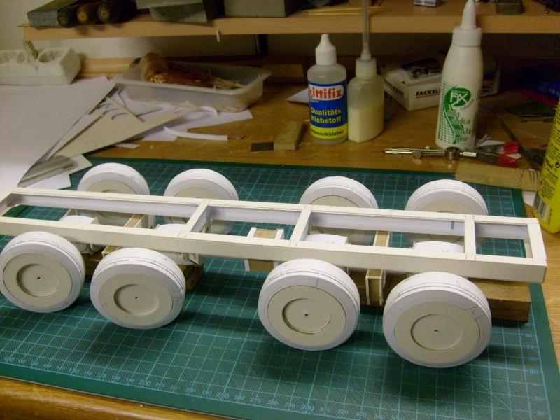LKW TATRA 813 KOLOS M 1:20 gebaut von klebegold 40k10