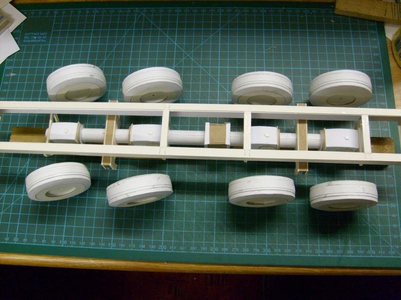 LKW TATRA 813 KOLOS M 1:20 gebaut von klebegold 41k10