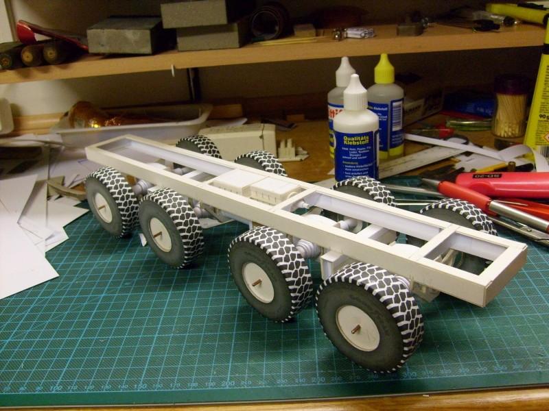 LKW TATRA 813 KOLOS M 1:20 gebaut von klebegold 58k10