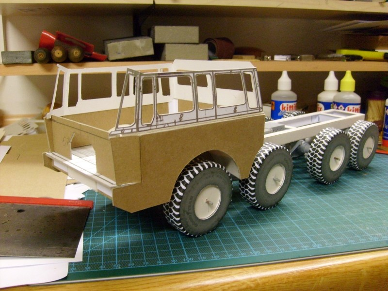 LKW TATRA 813 KOLOS M 1:20 gebaut von klebegold 62k10