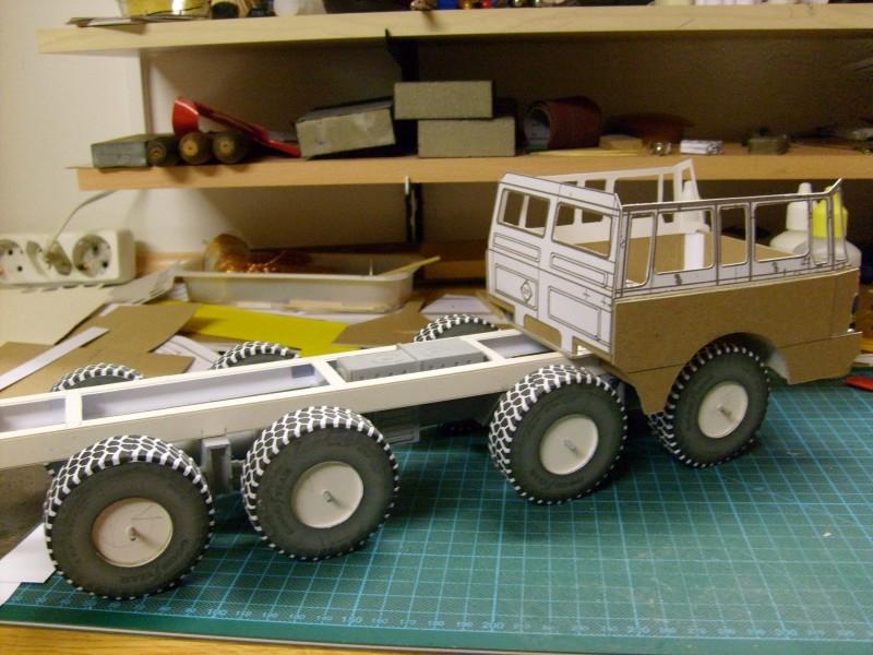 LKW TATRA 813 KOLOS M 1:20 gebaut von klebegold 63k10