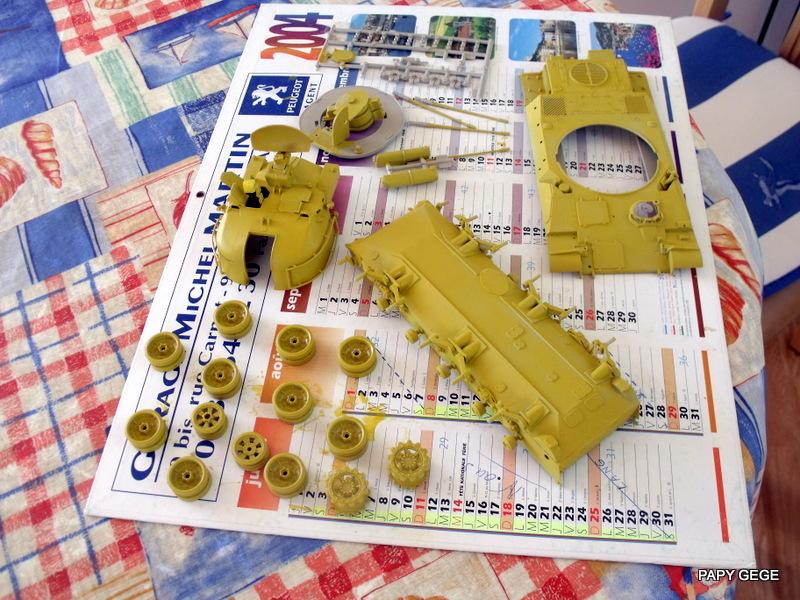AMX 30t AA Heller Humbrol au 1/35 12-dsc10