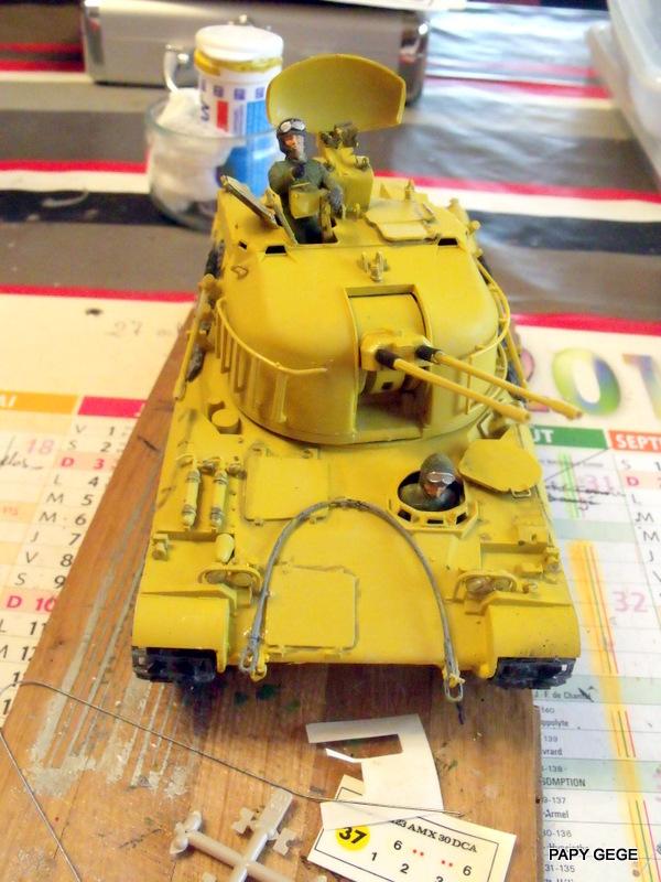 AMX 30t AA Heller Humbrol au 1/35 18-dsc10