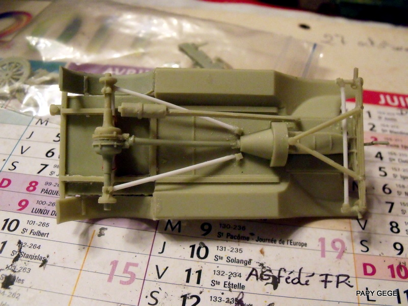 FORD T vickers machine gun carrier 1917 1/35 RESICAST 18-dsc11