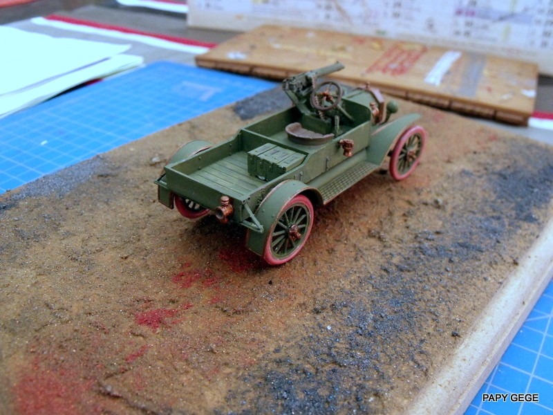 FORD T vickers machine gun carrier 1917 1/35 RESICAST - Page 2 28-dsc10