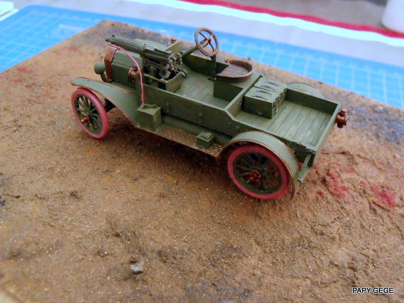 FORD T vickers machine gun carrier 1917 1/35 RESICAST - Page 2 29-dsc10