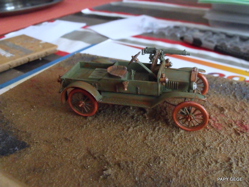 FORD T vickers machine gun carrier 1917 1/35 RESICAST - Page 2 34-dsc10